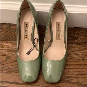 Green patent Zara square tie heels. Size 36
